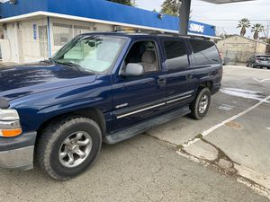 Chevy suburban 2000 for Sale in Vallejo, CA
