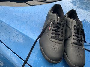 Reebok shoe for Sale in Kissimmee, FL