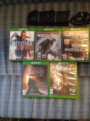 Xbox 1 games & double charger for Sale in Georgetown, KY