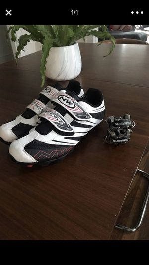 Northwave cycling shoes and shimano clipless pedals for Sale in Jacksonville, FL