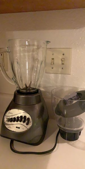 Oster 6878-042 Core 16-Speed Blender with Glass Jar - Gray/Black for Sale in Chico, CA
