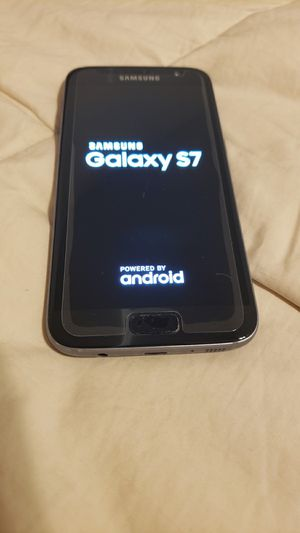 galaxy s7 32gb with an expandable sd tray for Sale in San Diego, CA
