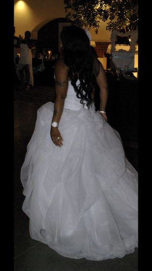 Used beautiful white wedding dress for Sale in University City, MO