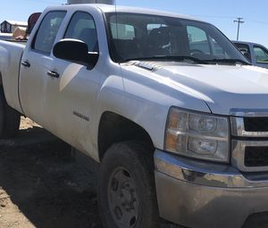 2012 Chevy truck HD parts - Allison for Sale in Fresno, CA