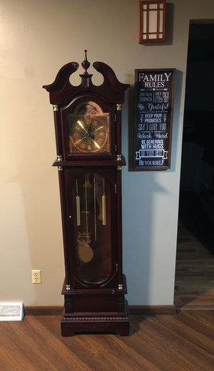Clock for Sale in Clinton, IA