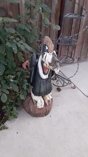 Vintage wooden carved vulture for Sale in Riverside, CA