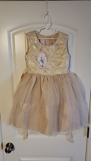 Girls La princess Dress for Sale in Clarksville, TN