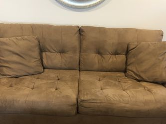 Small Scale Tufted Sofa Sleeper for Sale in Atlanta,  GA