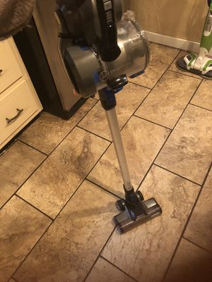 Hoover cordless vacuum- used for 6 months for Sale in Verona, PA