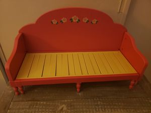 American Girl Doll couch for Sale in Encinitas, CA