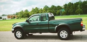 002 Toyota tacoma 4x4 for Sale in Nashville, TN