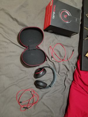 Beats by Dre studio 2.0(wired) headphones for Sale in Roseville, CA