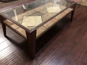 Glass (removable) top coffee table with metal frame. for Sale in Burleson, TX