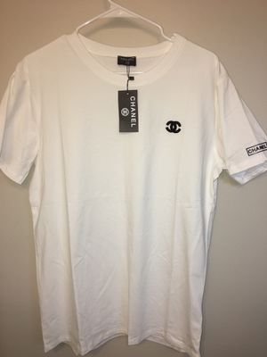 Unisex Chanel T-Shirt Sz M . New with tags / no trades for Sale in Silver Spring, MD