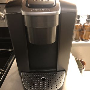 Keurig K-Elite Single-Serve K-Cup Pod Coffee Maker with Iced Coffee Setting for Sale in Alexandria, VA