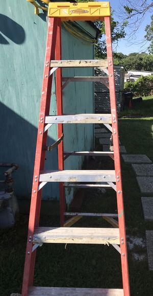 Escalera de 6 pies buenas condiciones for Sale in MD, US