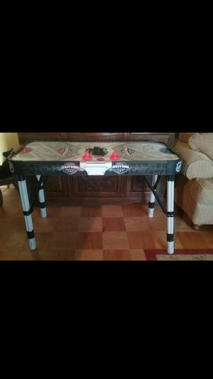 ELECTRONIC AIR HOCKEY TABLE for Sale in Brea, CA