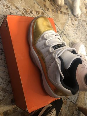 retro Jordan 11 Low BG for Sale in Philadelphia, PA