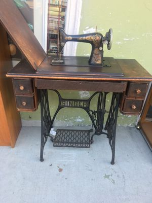 Antique sewing machine (not electric) for Sale in Santa Ana, CA