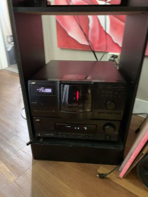 JVC stereo Will 200 Dic CD Changer and 2 main speakers & 3 surround sound speakers for Sale in Vista, CA