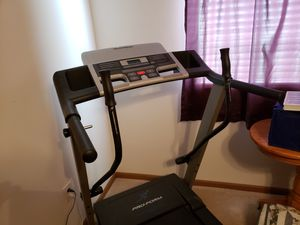 PROFORM SLIGHTLY USED TREADMILL for Sale in Pataskala, OH