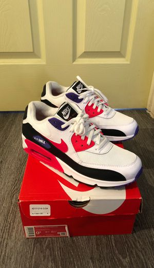 Nike air max 90 essential size 9.5 for Sale in Los Angeles, CA