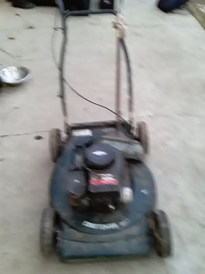 Craftsman Lawnmower for Sale in Fresno, CA