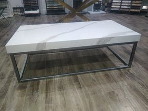 Modern coffee table for Sale in Salt Lake City, UT