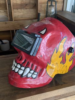 Used Hoodem Old Style Welders Mask Not Automatic Shade Lens for Sale in Yorba Linda,  CA