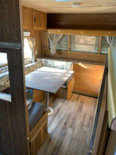 Vintage Falcon Travel Trailer Sleeps 6 Super Clean 15Ft for Sale in Riverside, CA