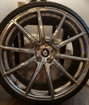 "22"" Lexani Chrome rims and rubber for Sale in Boston, MA"