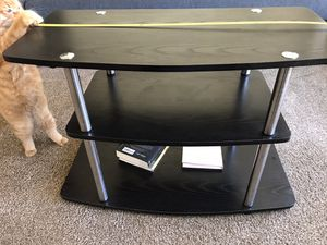 Tv stand 31inch wide 22 inch height for Sale in Seattle, WA