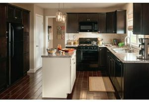$1 SQFT LAMINATE FLOORING & KITCHEN CABINETS for Sale in Cypress, TX