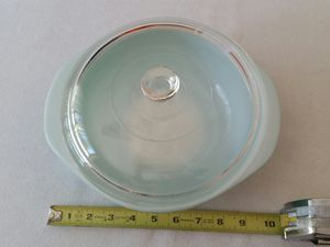 Vintage Pyrex Turquoise 2 Qt. Round Casserole Baking Dish #024 With Lid for Sale in Phoenixville, PA
