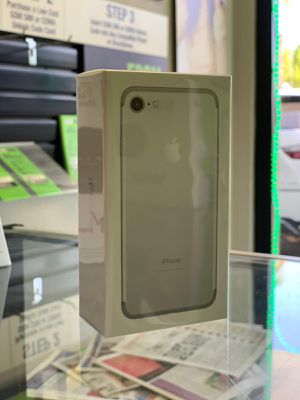 iPhone 7 Factory Unlocked SEALED for Sale in Miami, FL