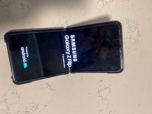 Samsung flip unlocked for Sale in Santa Ana, CA