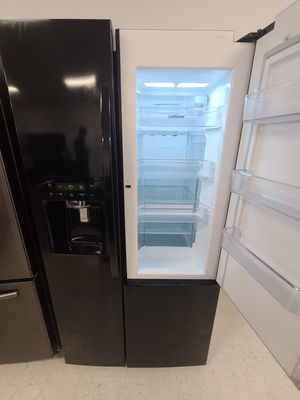 Kenmore side by side refrigerator with showcase new scratch and dents with 6month's warranty for Sale in Hyattsville, MD