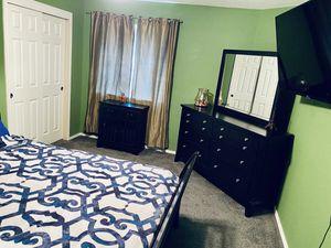 King Sleigh Bedroom set for Sale in Austin, TX