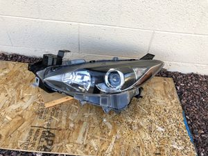 2014 - 2016 Mazda 3 Mazda3 OEM headlight, driver side , headlamp, front headlight, auto car light, car parts, auto parts for Sale in Glendale, AZ