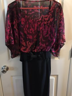Dress burgundy floral top black bottom top is share with black camisole smoke-free pet freehome for Sale in Imperial,  MO