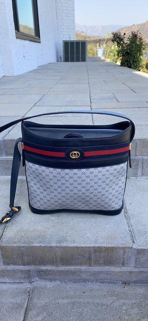 Gucci crossbody/bucket bag for Sale in Glendale, CA