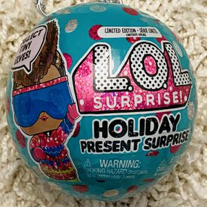Holiday LOL Surprise Balls x2 for Sale in Brownsburg, IN