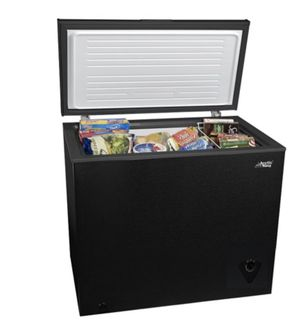 Arctic King 7 cu ft Chest Freezer for Sale in Lockport, IL