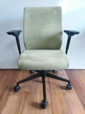 Steelcase (Think) Ergonomic office chair, task chair, desk chair for Sale in San Diego, CA