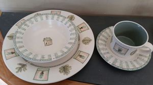 Pfaltzgraff Naturewood 5 Piece Place Setting New In Box for Sale in Georgetown, KY