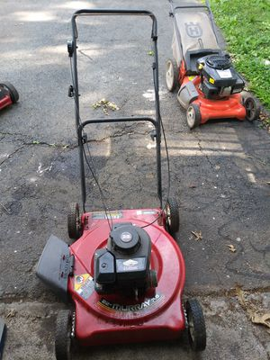 Lawn mower for Sale in Roselle, NJ