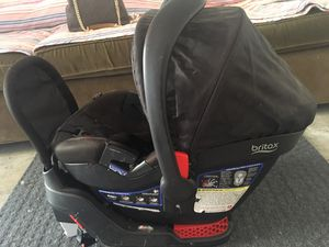 Britax B-Safe 35 Elite Infant Car Seat with Base for Sale in Rockville, MD
