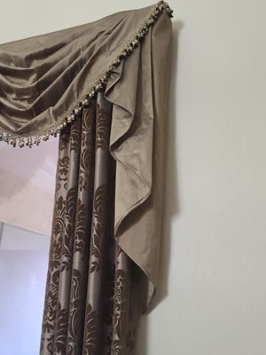 Beautiful custome made curtains for Sale in Chandler, AZ