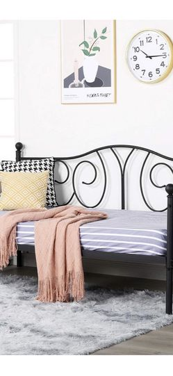 brand new Metal Daybed Frame for Sale in Ontario,  CA