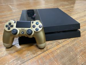 Sony Playstation 4 500GB + Controller for Sale in Hartsville, SC